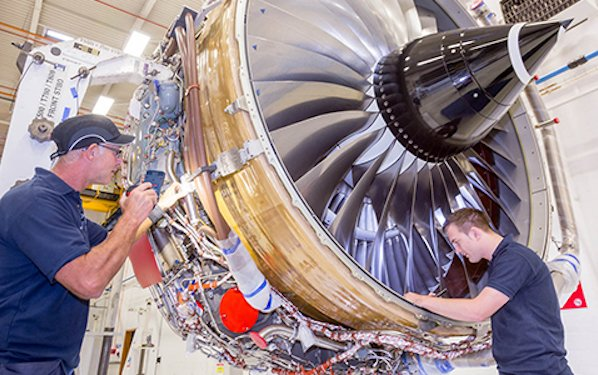 Rolls-Royce celebrates 2000th Trent 700 delivery milestone