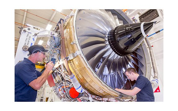 Rolls-Royce Celebrates As Trent 700 Reaches 50 Million Hours