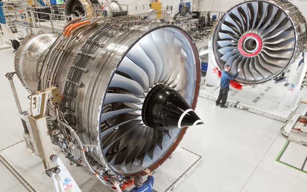Rolls-Royce despatches first set of engines as part of largest ever order from Emirates
