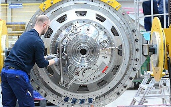 Rolls-Royce Ultrafan power gearbox tops world aerospace record