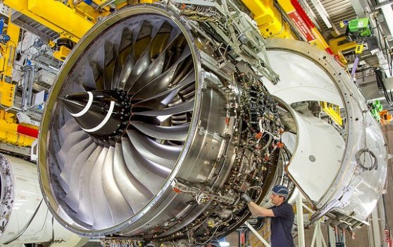 Rolls-Royce Wins $300M Order From Lion Group