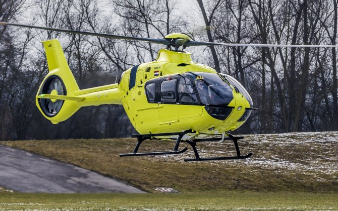 Royal Dutch Touring Club ANWB and Airbus sign framework contract for six H135s