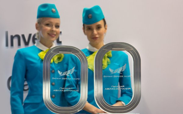 S7 Airlines wins the Skyway Service Award 2019