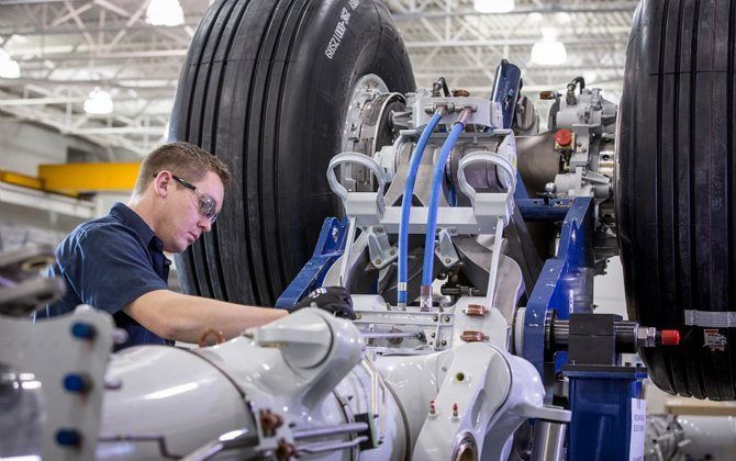 Safran  celebrates the completion of 500-th landing gear for Boeing 787 Dreamliner