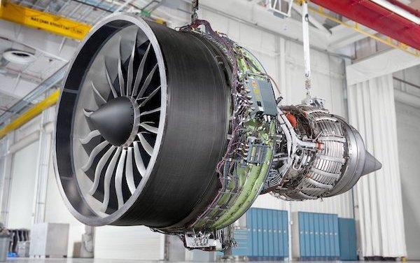 Sanad and GE Aviation celebrate the 100th GEnx engine maintenance milestone