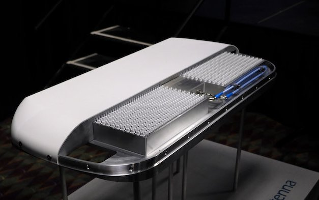 SD Avionics developing flat panel antenna in partnership with QEST