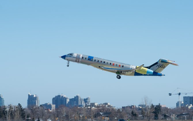 Second Bombardier Global 7000 Flight Test Vehicle Takes to the Skies