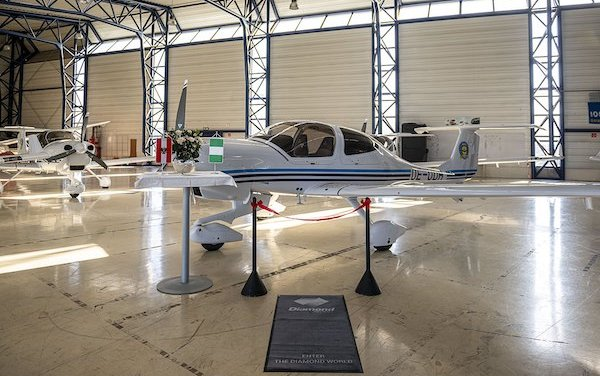 Six Diamond DA40 NG training aircraft for Nigerian College of Aviation Technology