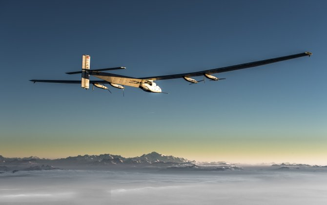 Solar Impulse: A repaired plane and team