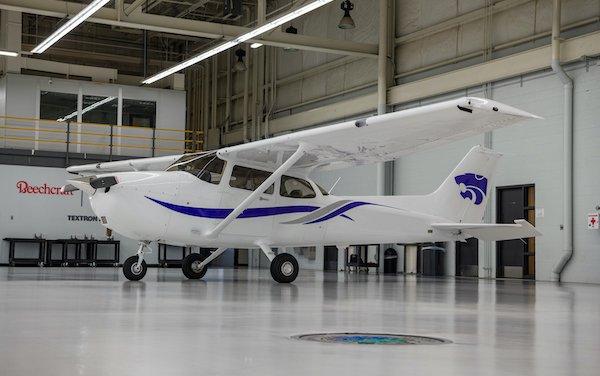 Support growing pilot training enrollment - order for 10 Cessna Skyhawk aircraft
