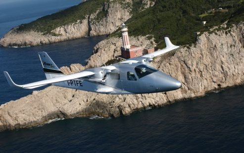 Tecnam introduce the P2006T Twin MkII