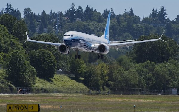 The largest airplane in the 737 MAX family begins comprehensive test program