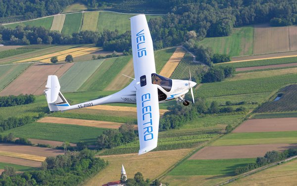 To accelerate the deployment of electric aviation in France & Europe - Green Aerolease and Pipistrel Aircraft
