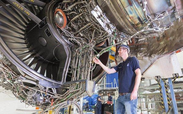 To Test 100% Sustainable Aviation Fuel - Rolls-Royce next generation engine demonstrator