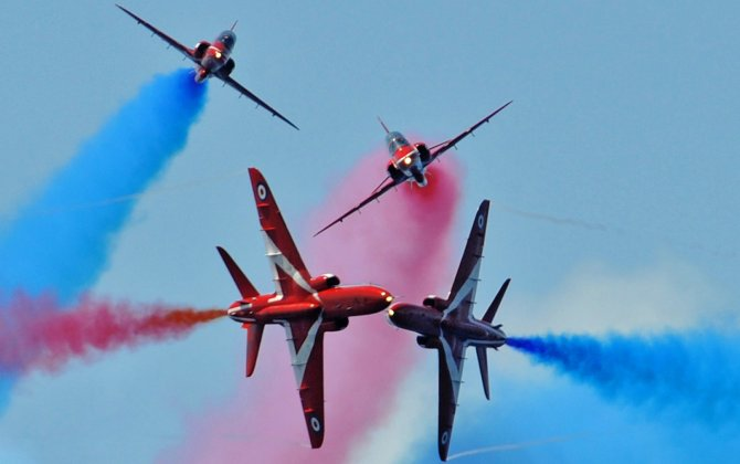 UK Red Arrows to perform over Abu Dhabi Corniche on Thursday