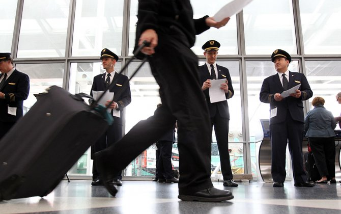 United Is Adding a Training Safety Day for All 12,000 Pilots