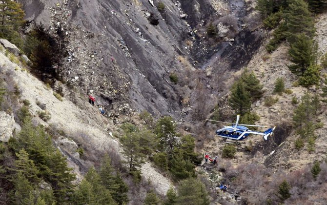 Victorian man who lost wife and son in Germanwings crash reportedly suing US flight school