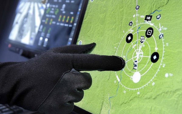 VR-Technologies selected Thales FlytX new connected avionics suite