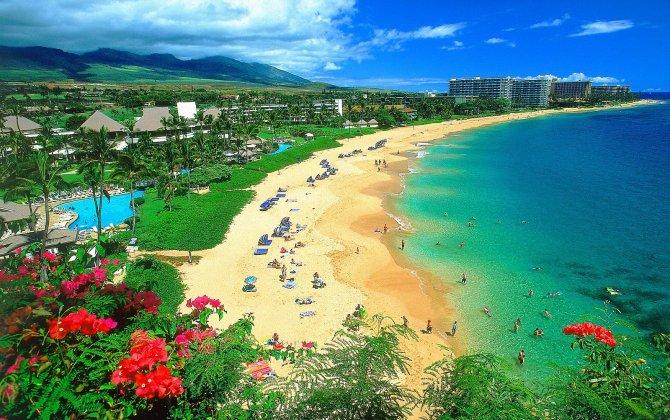 WestJet's 767s began non-stop service to Hawaii Sunday