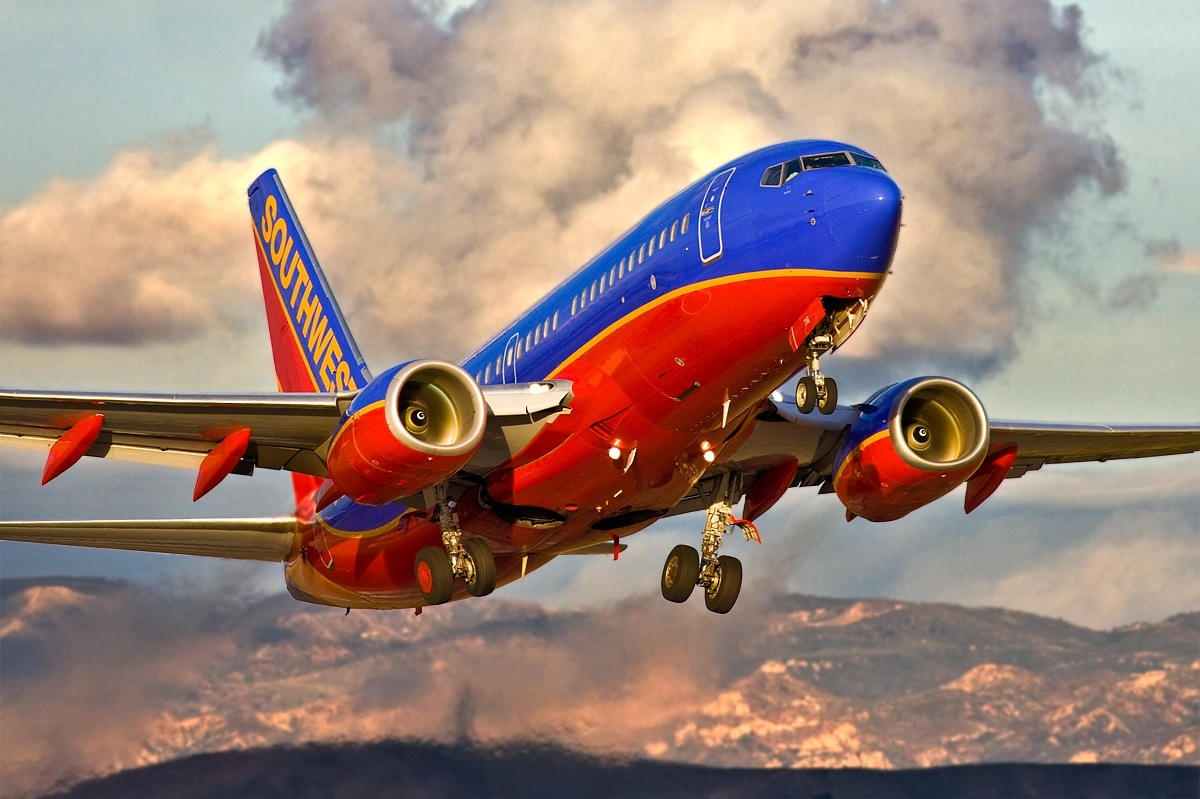 an analysis of the start beginning of the southwest airlines The widespread entrance of a new breed of low cost airlines beginning at the comparably southwest airlines and one of the first airlines to start an.