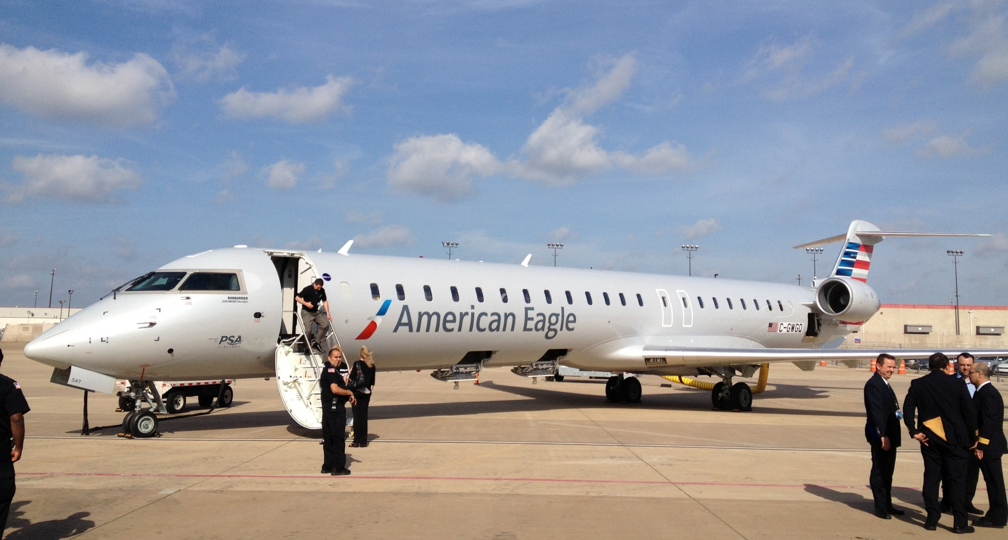 Regional Airlines Seek Reduced Minimum Pilot-Experience Mandate