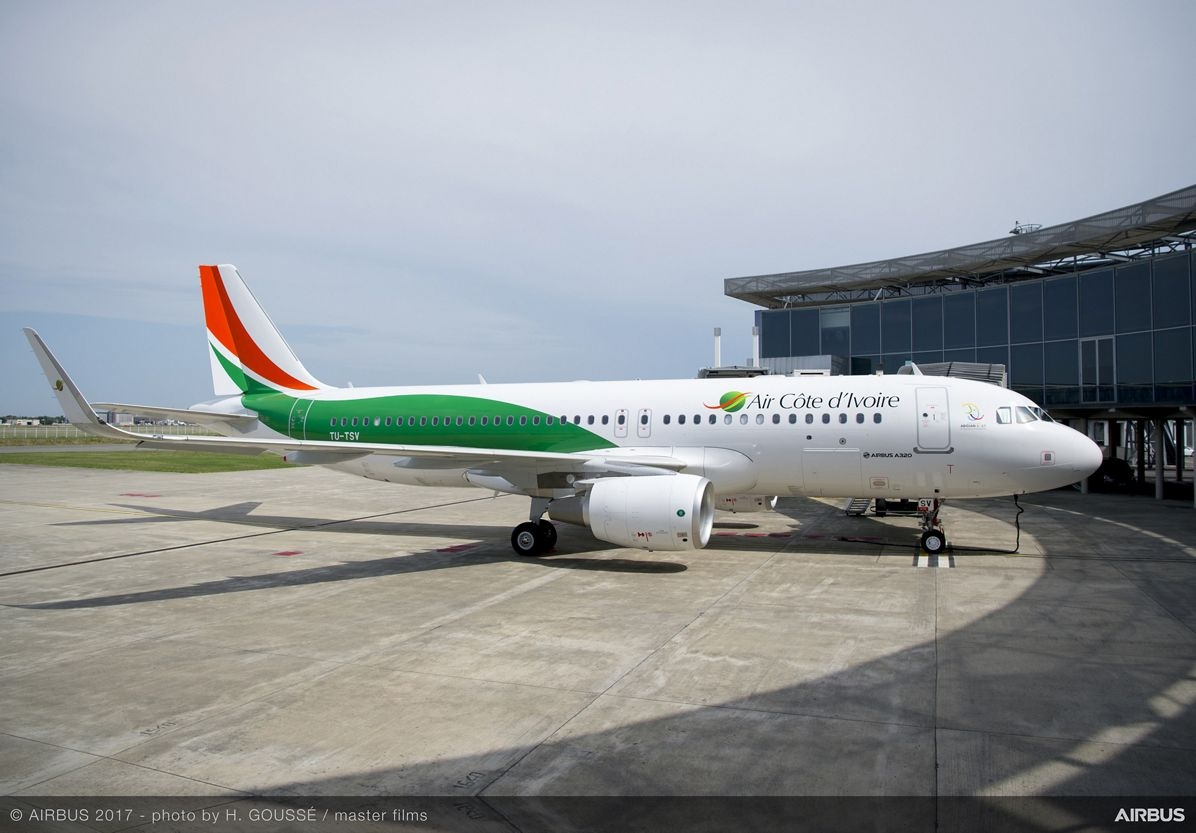 Air Côte d'Ivoire receives its new A320 at a colourful