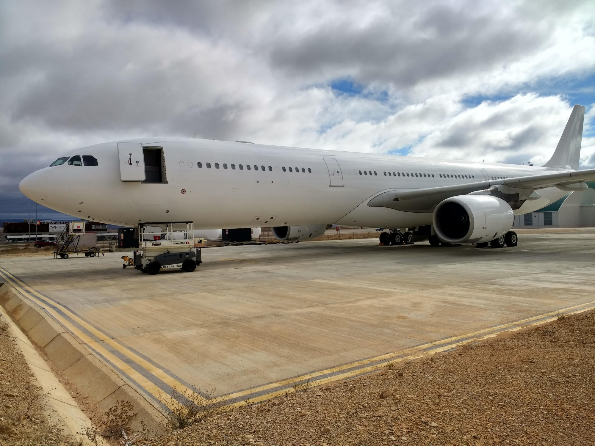 avinco awarded exclusive mandate to remarket an airbus a340 541