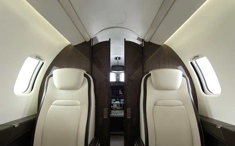 bombardier launches new interior on learjet 75 business jet bombardier. Black Bedroom Furniture Sets. Home Design Ideas