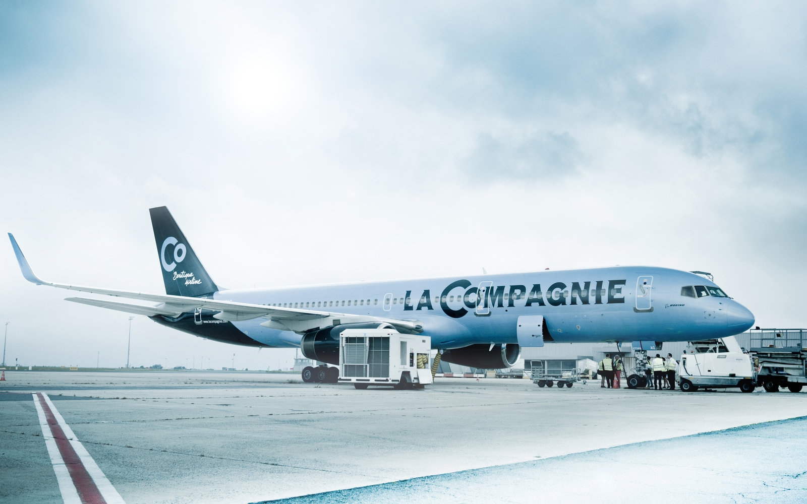 Αποτέλεσμα εικόνας για French Boutique Airline La Compagnie enters Interline Agreement (IET) with Hahn Air