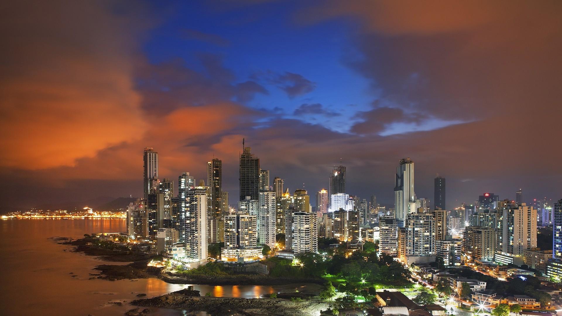 Panama city dating service
