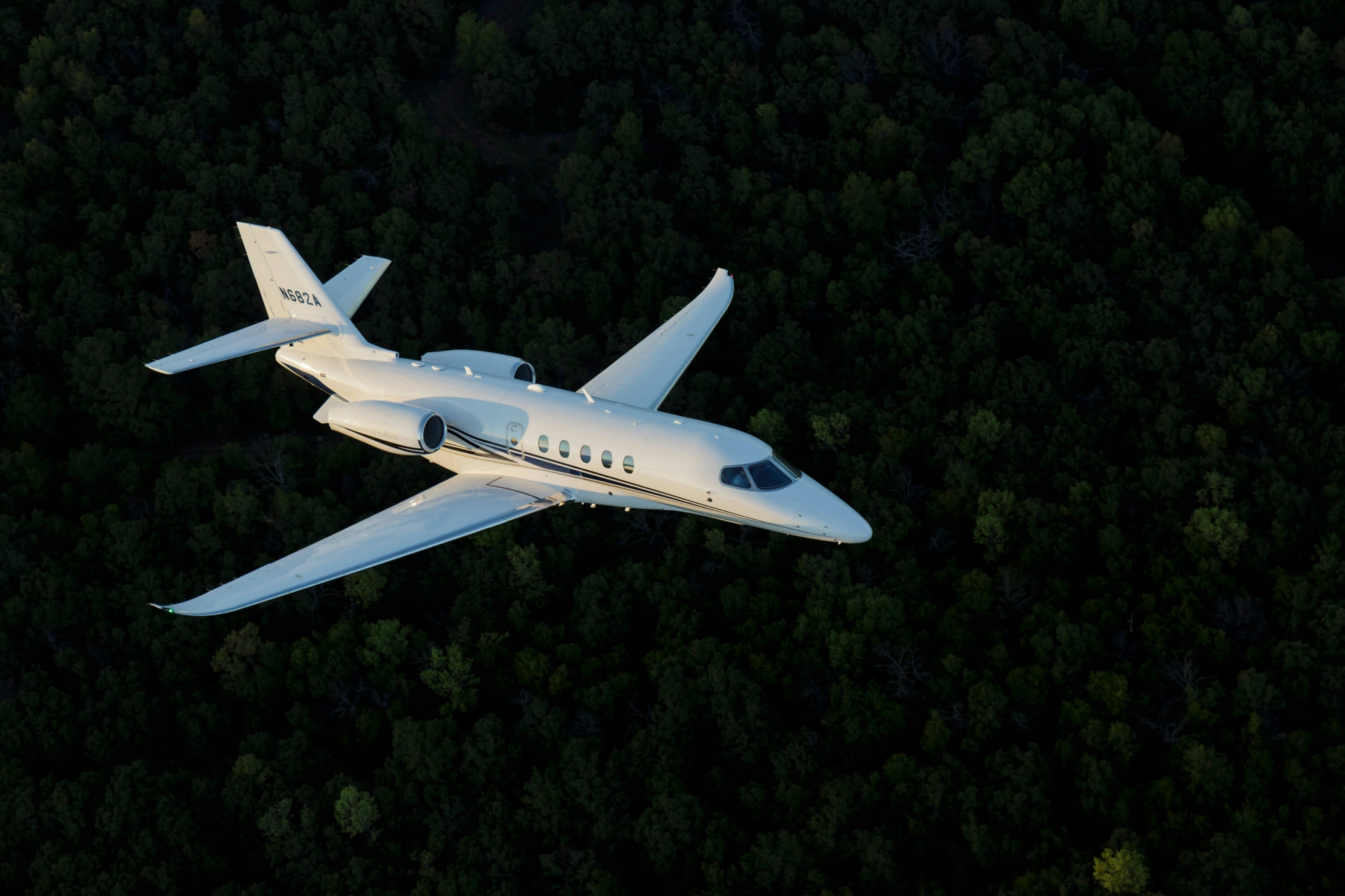 Textron Aviation highlights continued investment at LABACE 2016  Textron