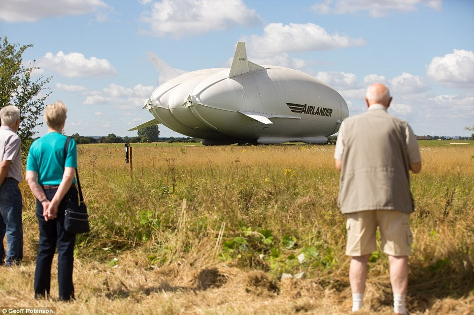 World's largest aircraft leaves its hangar for the first ...